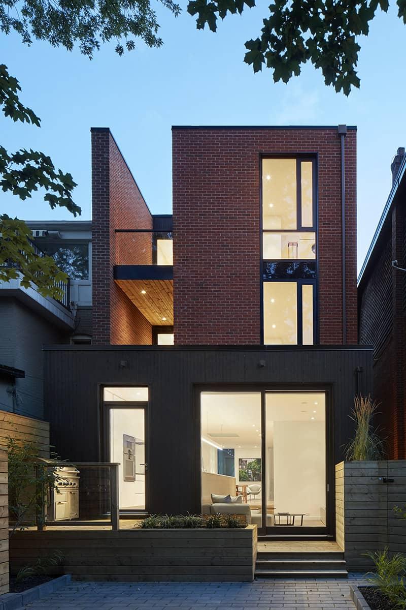 Luxury Custom Home Builders and Renovators in Toronto - 1647-024