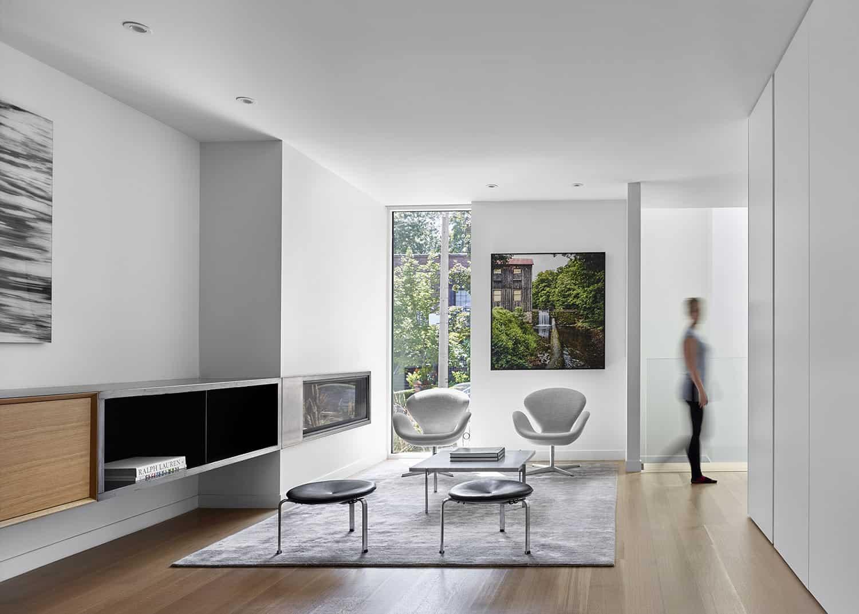 Luxury Custom Home Builders and Renovators in Toronto - 1647-009