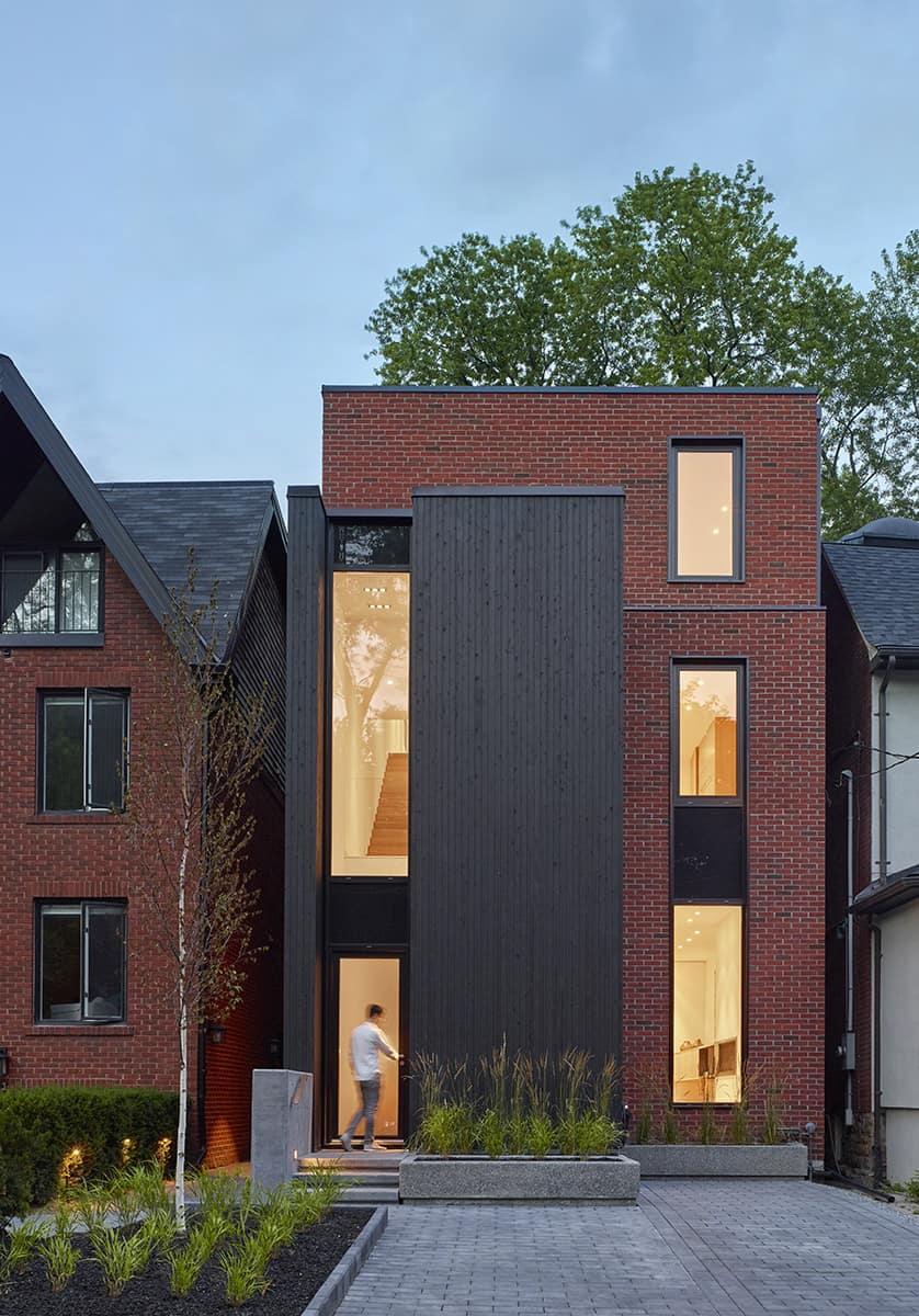 Luxury Custom Home Builders and Renovators in Toronto - 1647-023